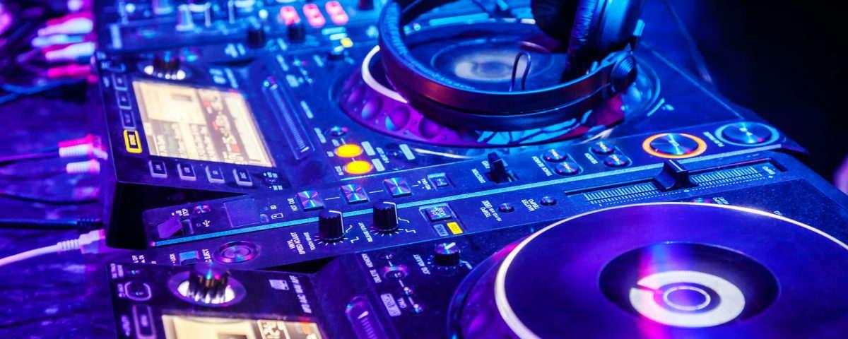 Dj na imprezy firmowe dj na eventy dj Jacek PP